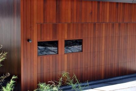 Three Top Reasons to Hire Garage Door Service Specialist